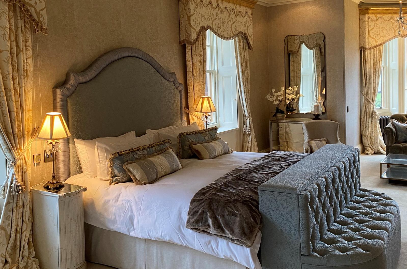 Auchterarder House master bedroom